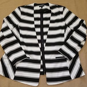 EUC Lane Bryant blazer w/zipperback size 26